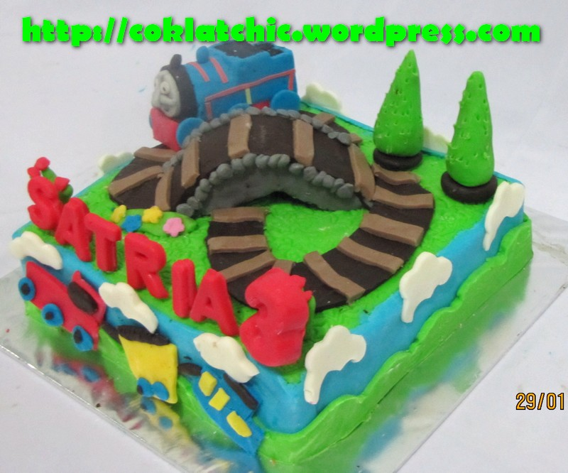 Cake Decorations Thomas The Tank Engine : Thomas Tank Engine Cake Cake Ideas and Designs Page 4