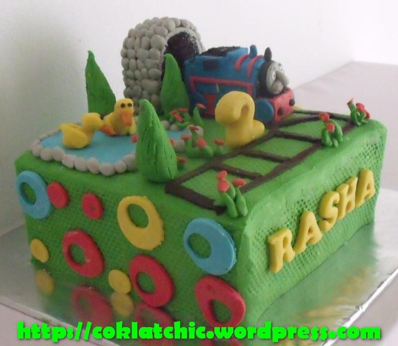 Kue ulang tahun dengan tema cake thomas model ini mulai harga rp 300