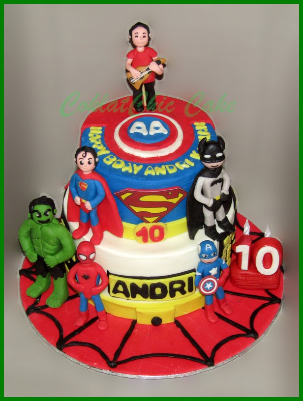 Superman Coklatchic Cake