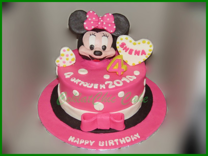 Mickey Mouse N Friends Coklatchic Cake
