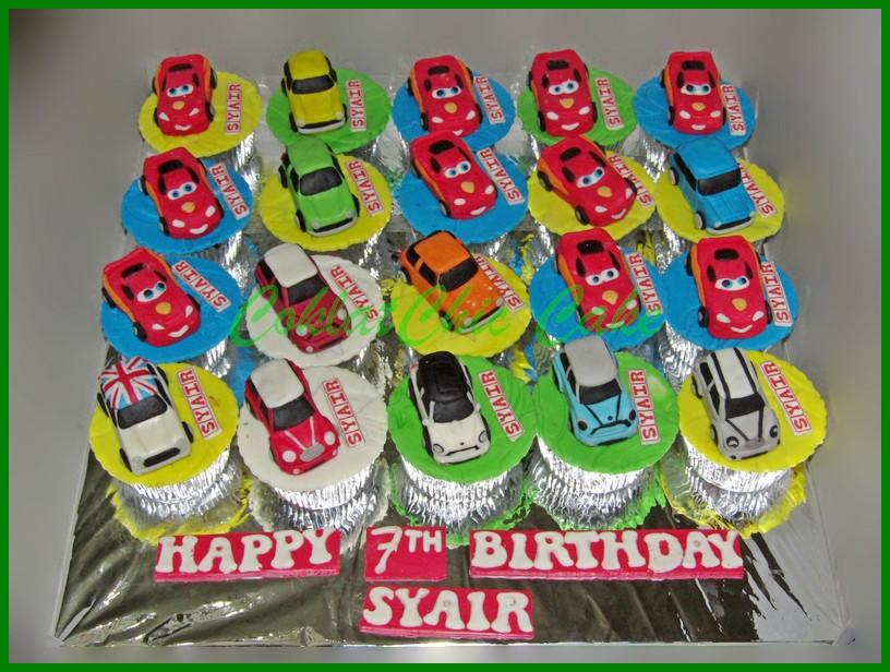 Cupcake Set Mobil Syair Coklatchic Cake